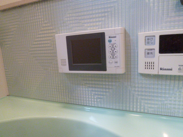 大阪市住之江区 浴室テレビ取替工事